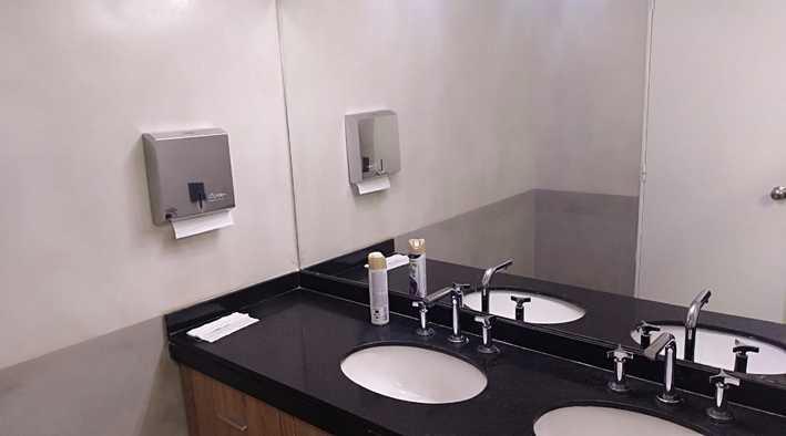 Foto Oficina en Alquiler en  Microcentro,  Centro (Capital Federal)  Maipú al  100