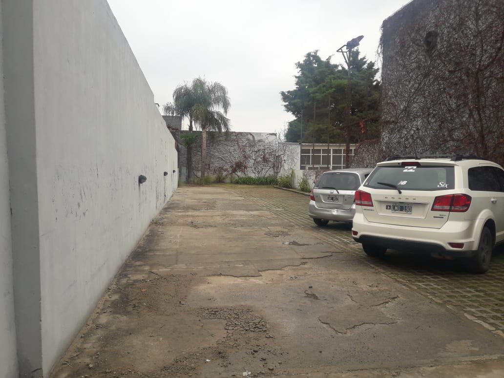 Foto Local en Alquiler en  Las Lomas de San Isidro,  San Isidro  Blanco Encalada 60