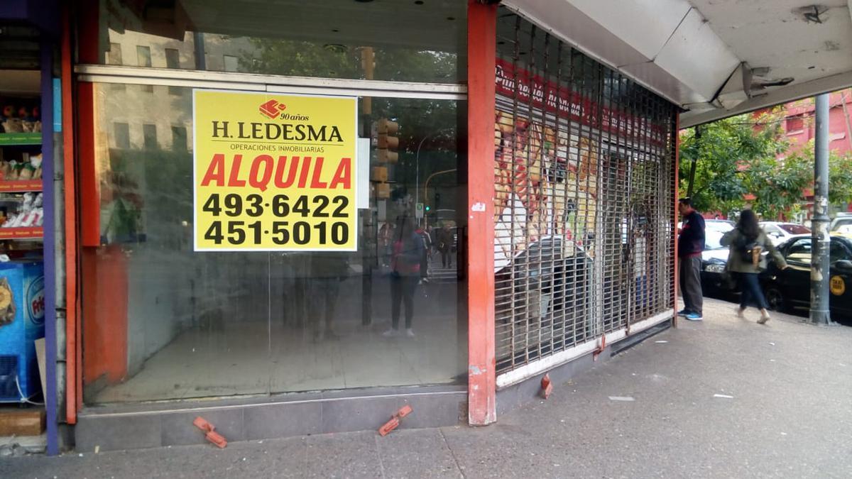 Foto Local en Alquiler en  Microcentro,  Mar Del Plata  AV LURO Y CATAMARCA