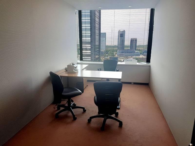 Foto Oficina en Venta en  Centro (Capital Federal) ,  Capital Federal  San Martin al 100