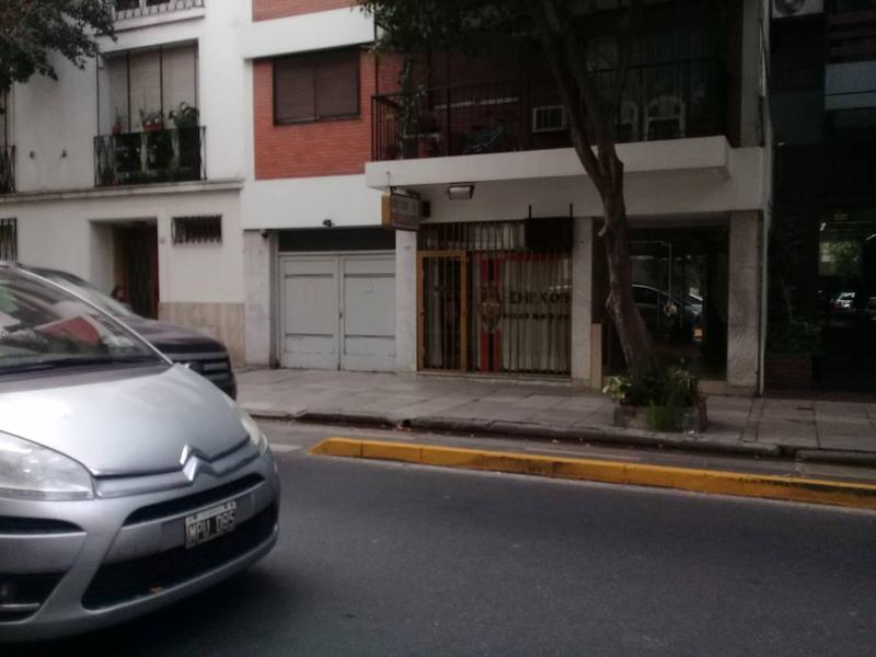 Foto Cochera en Venta en  Caballito ,  Capital Federal  Senillosa 152