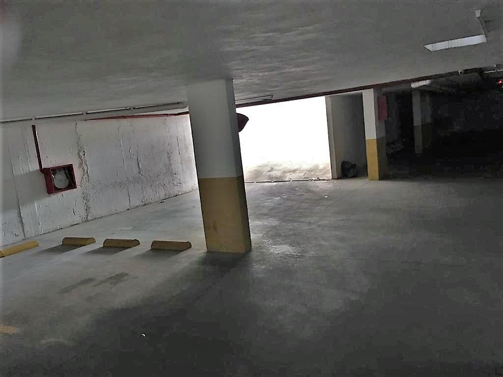 Foto Cochera en Venta en  Guemes,  Cordoba Capital  Guemes - Velez Sarsfield al 1300