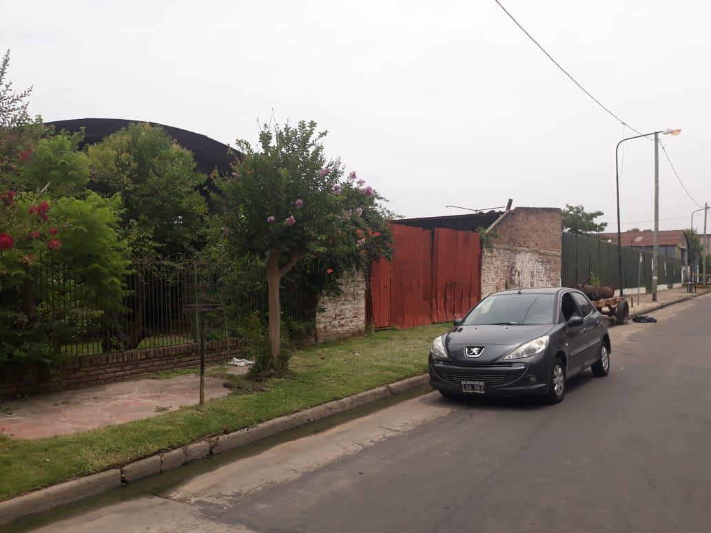 Foto Terreno en Venta |  en  Tigre ,  G.B.A. Zona Norte  Lote ubicado a metros del río Luján. Tucán al 1300. Tigre