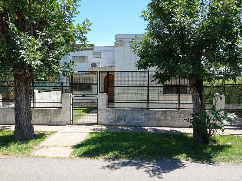 Foto Casa en Venta en  Rosario,  Rosario  Donado al 100