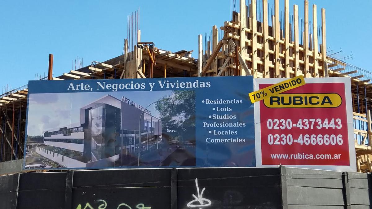 Foto Oficina en Venta en  Pilar ,  G.B.A. Zona Norte  Panam 53.5 y Av Trataod del Pilar - PILAR