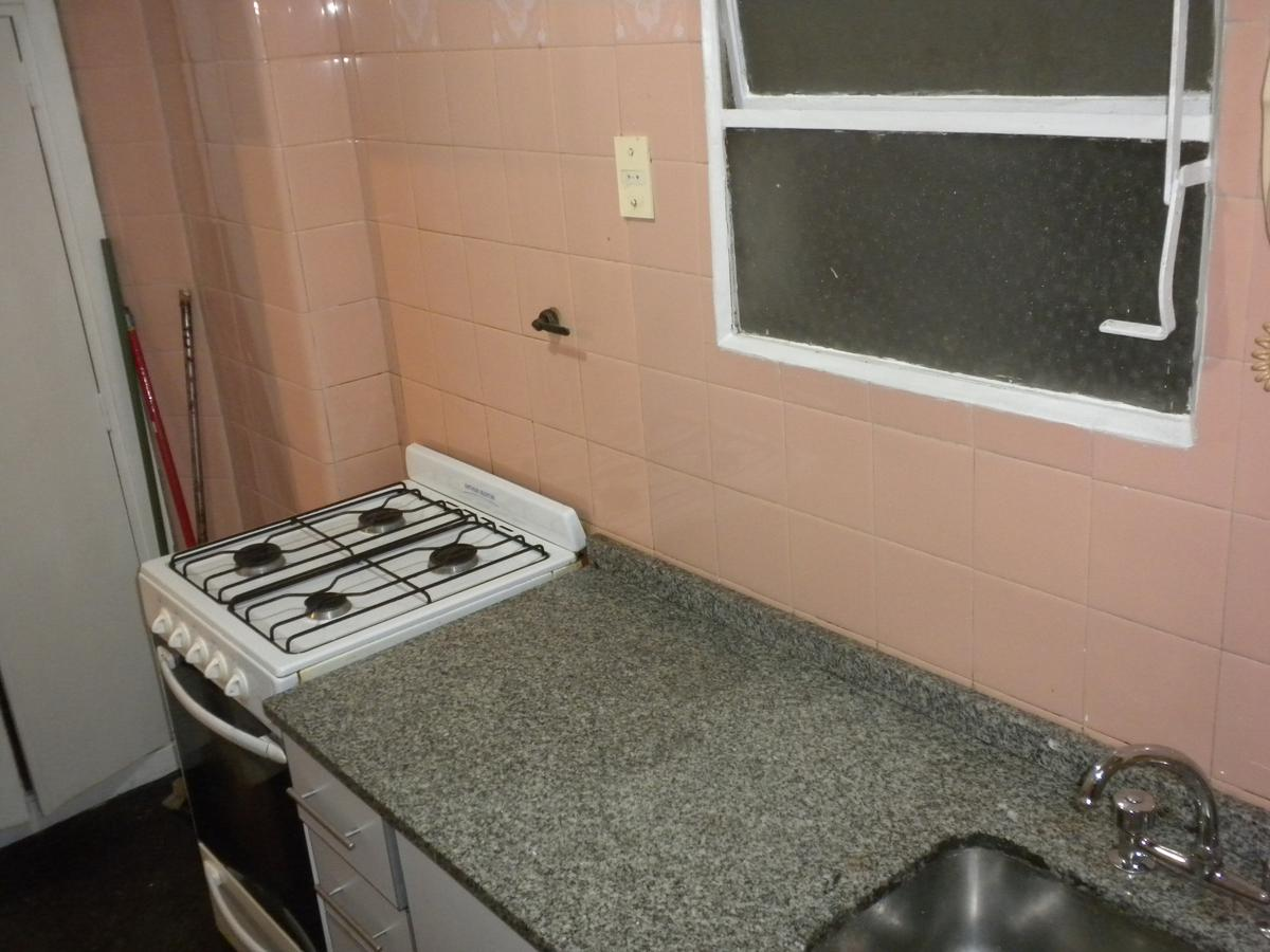 Foto Departamento en Alquiler en  Barrio Norte ,  Capital Federal  Billinghurst 2162 1º B