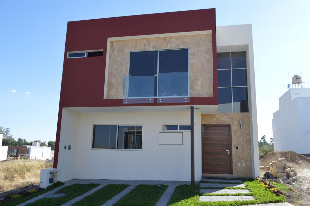 Foto Casa en Venta en  Fraccionamiento Los Almendros,  Zapopan  Rio Blanco 1900 179 Argenta Mirador Residencial