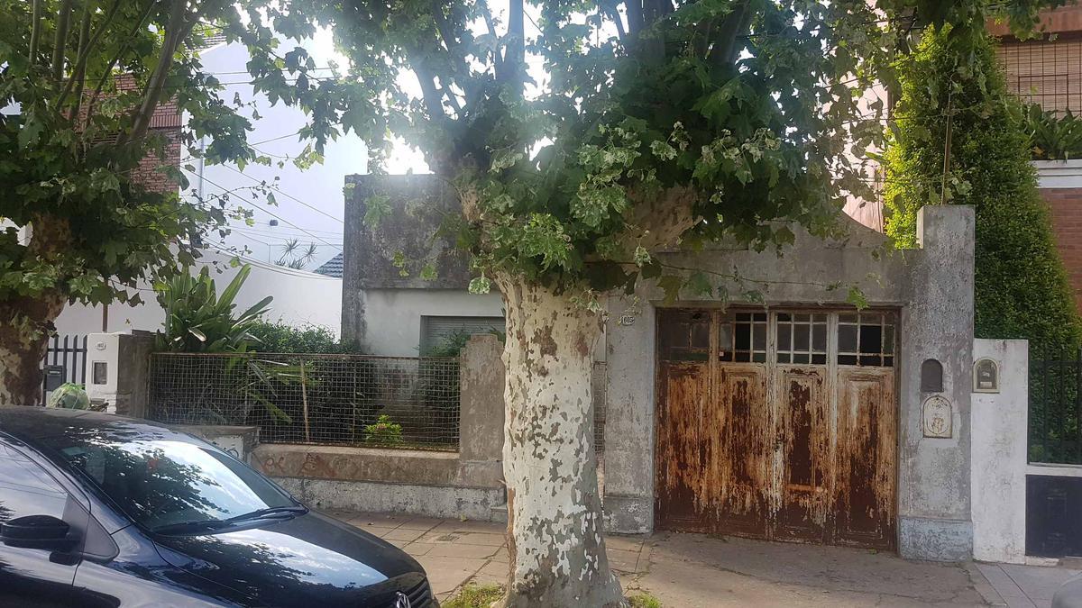 Foto Terreno en Venta en  Santos Lugares,  Tres De Febrero  Dr Canepa 1605