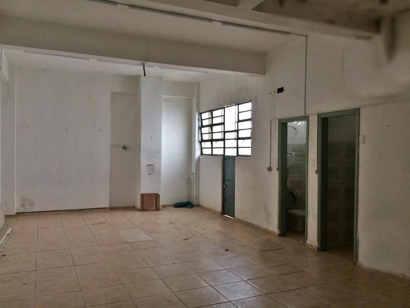 Foto Local en Alquiler en  Centro (Montevideo),  Montevideo  Depósito en centro, seguridad