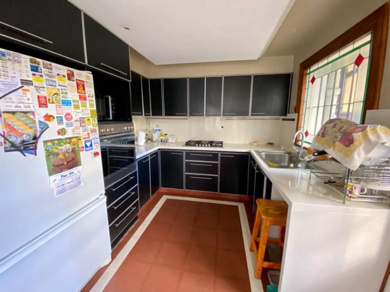 Foto Casa en Venta en  La Lucila,  Vicente Lopez  Acassuso al 600