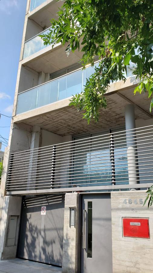 Foto Departamento en Venta en  Saavedra ,  Capital Federal  Pinto al 4600