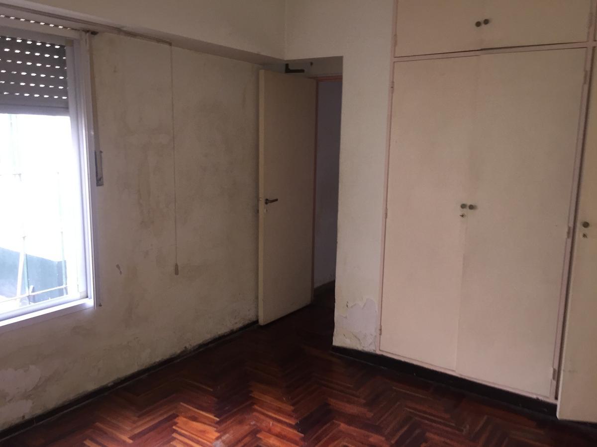 Foto Casa en Venta en  Jose Leon Suarez,  General San Martin  Solis al 2900