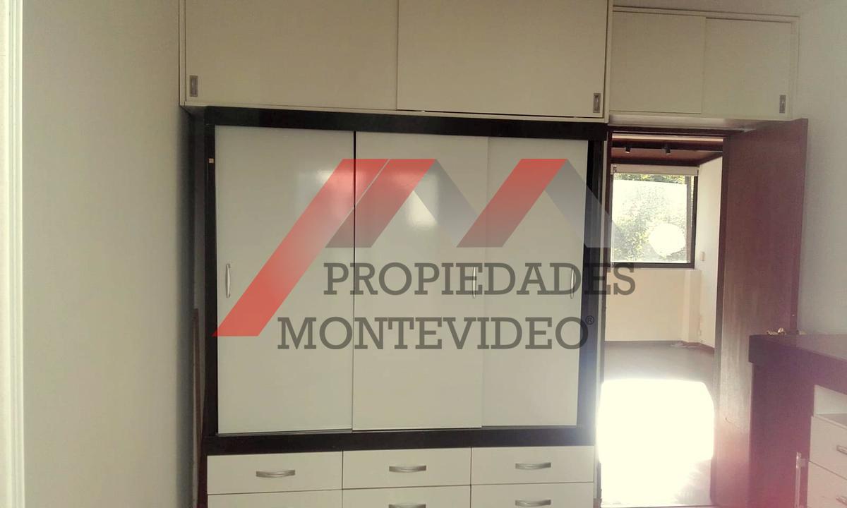Foto Apartamento en Venta en  Cordón ,  Montevideo  Cordón, Pablo De María al 1400