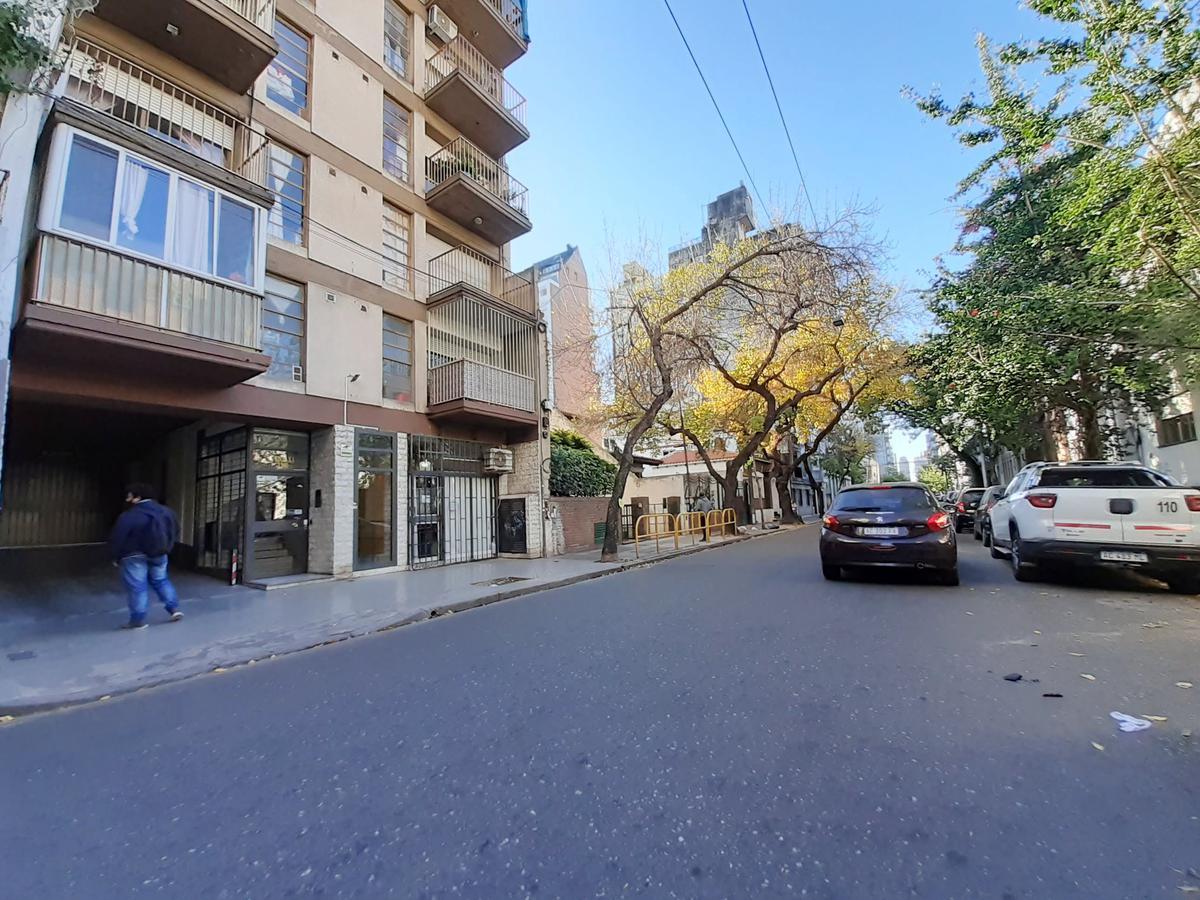 Foto Departamento en Venta en  Martin,  Rosario  1º de Mayo al 1200 Piso 8
