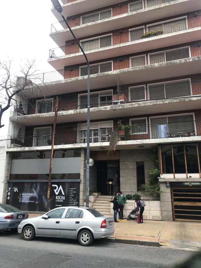 Foto Departamento en Venta en  La Plata ,  G.B.A. Zona Sur  44 10 y 11
