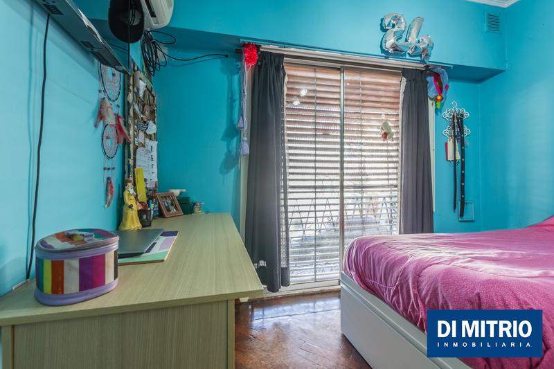 Foto Casa en Venta en  Barracas ,  Capital Federal  Oncativo y Velez Sarsfield