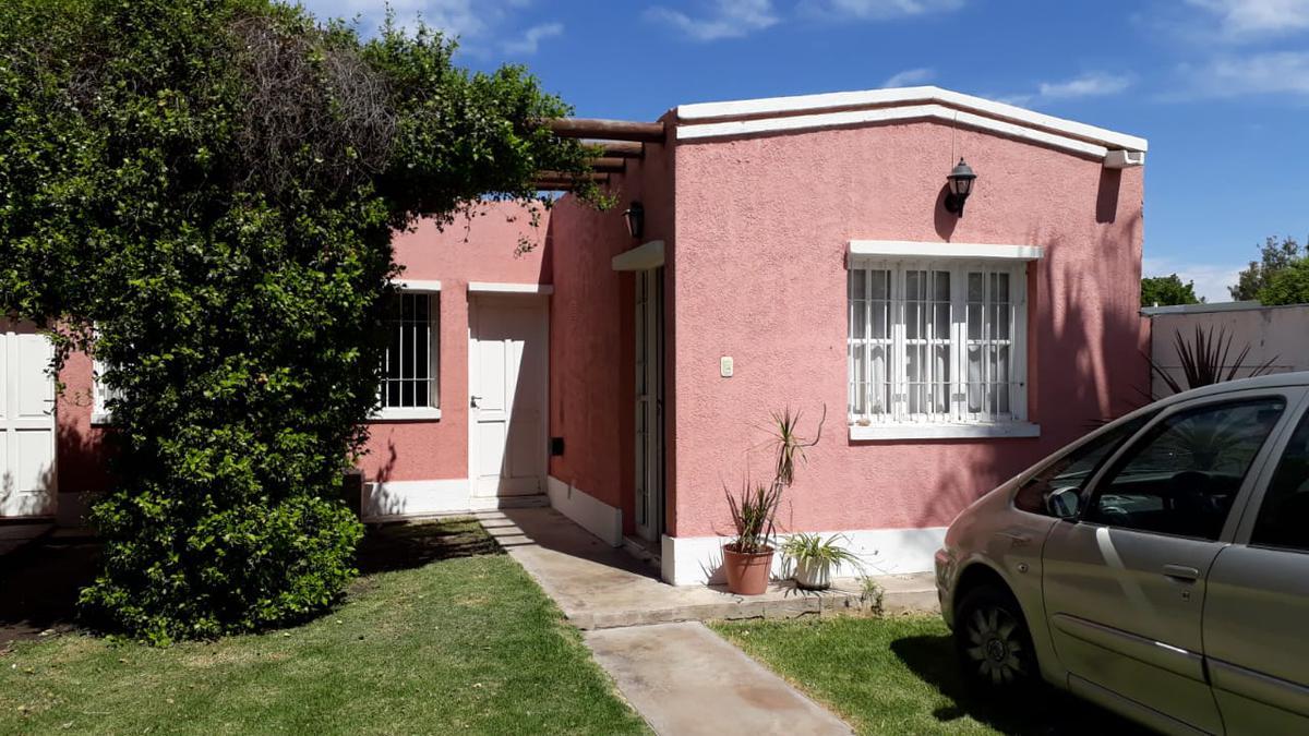 Foto Casa en Alquiler en  Santa Lucia ,  San Juan  Calle Gral. Roca al 700