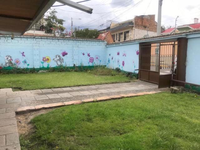 Foto Casa en Venta en  San Sebastián,  Cuenca  Calle Sucre