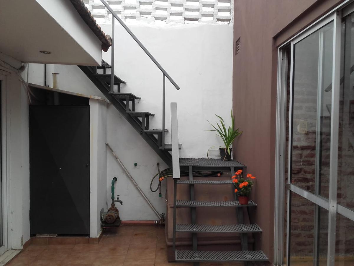 Foto Casa en Venta en  La Plata,  La Plata  115 e 33 y 34