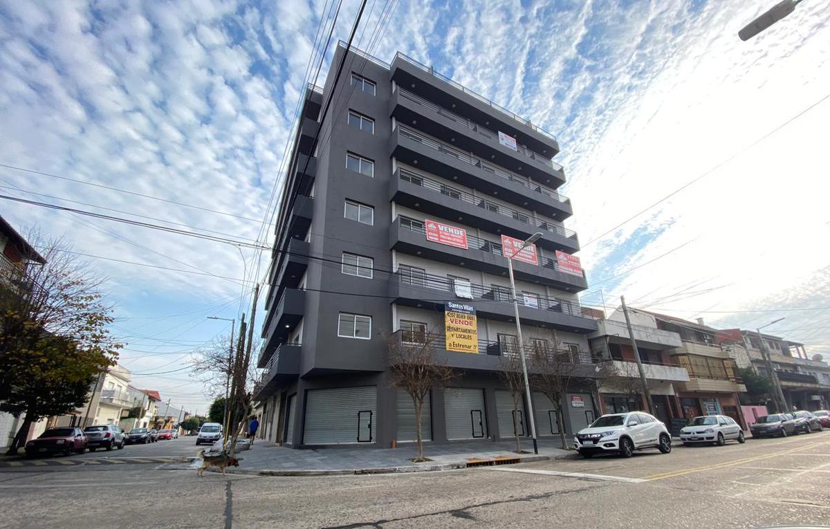 Foto Departamento en Venta en  Villa Dominico,  Avellaneda  Boulevard 99