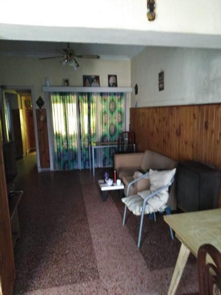 Foto Casa en Venta en  Jose Marmol,  Almirante Brown  THORNE 819, entre Bynnon y Rosales