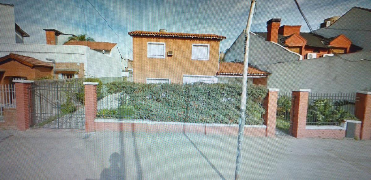 Foto Casa en Venta en  Ramos Mejia,  La Matanza  Sargento J. B. Cabral al 400
