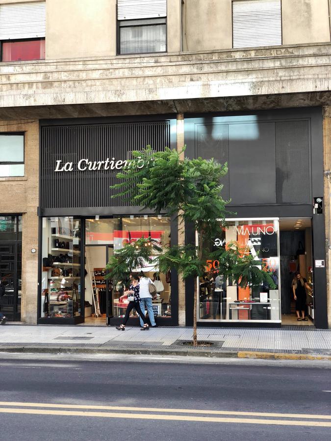 Foto Local en Venta en  Barrio Norte ,  Capital Federal  Av. Santa Fe y Rod. Peña