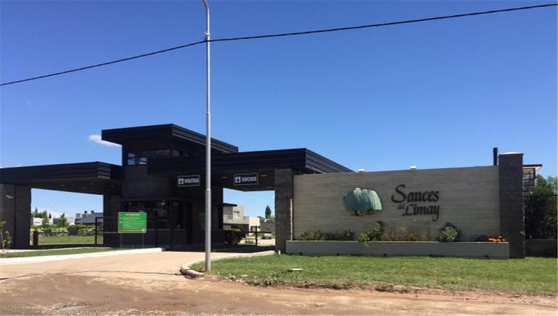Foto Casa en Venta en  Capital ,  Neuquen  SAUCES DEL LIMAY