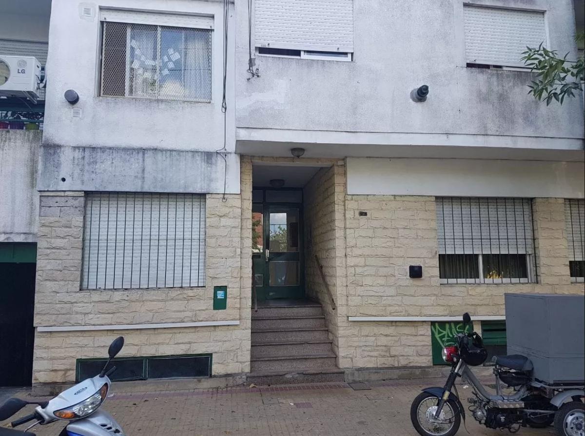Foto Departamento en Alquiler en  La Plata,  La Plata  16  e/ 69 y 70