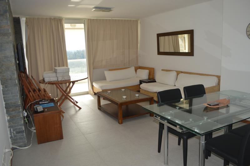 Foto Departamento en Venta en  Lomo de la Ballena,  Punta Ballena  RI - Punta Ballena