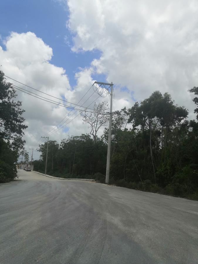 Foto Terreno en Venta en  Supermanzana 15a,  Cancún  TERRENO EN VENTA EN CANCUN ESQUINA HUAYACAN