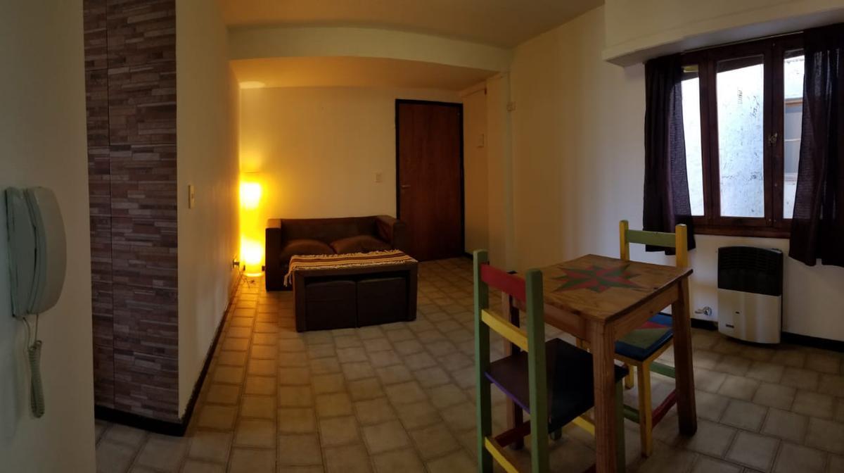 Foto Departamento en Venta en  Belgrano,  San Carlos De Bariloche  Oportunidad Departamento 1 habitacion con vista al Lago