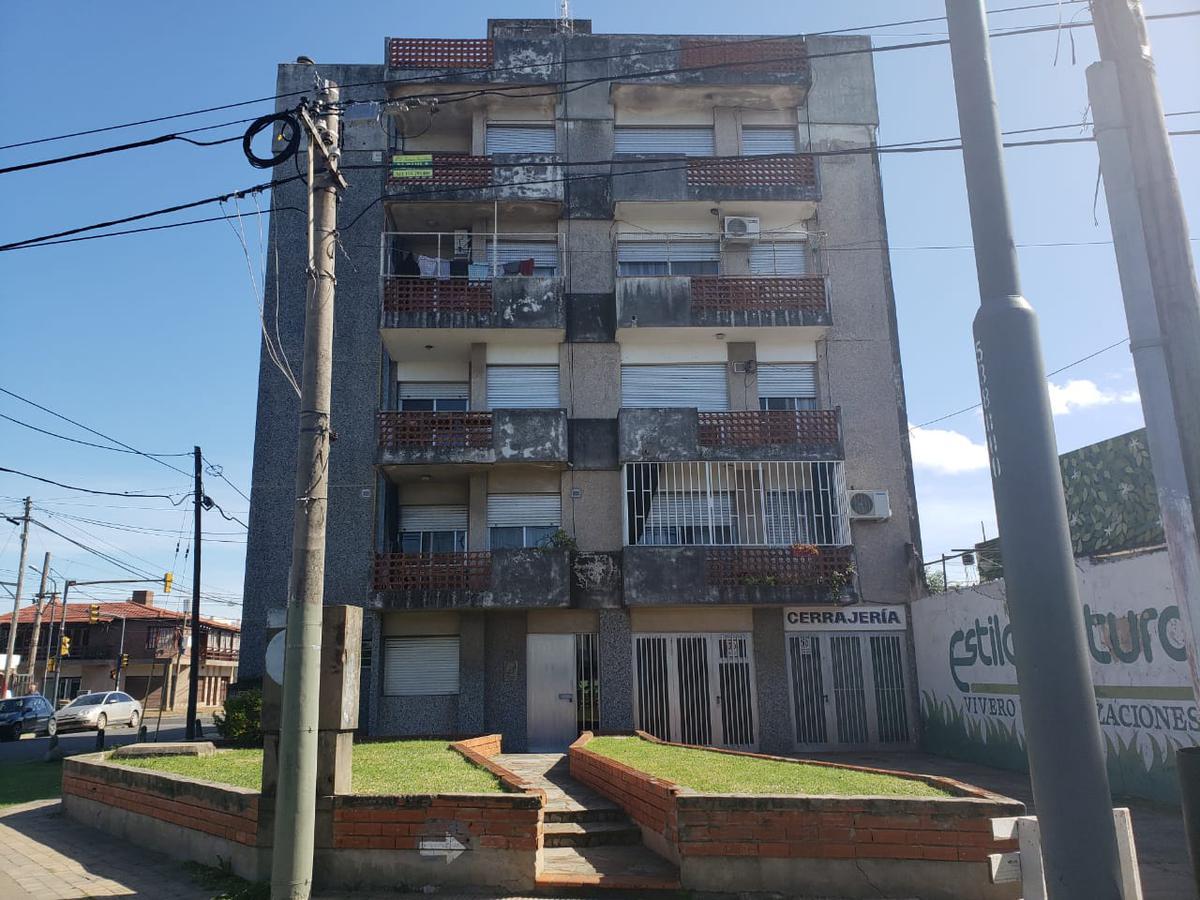 Foto Departamento en Venta en  Azcuenaga,  Rosario  CORDOBA al 5300