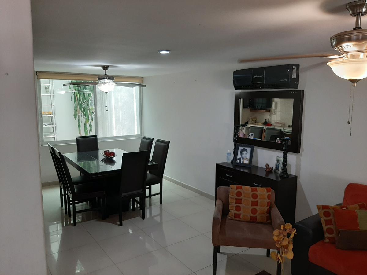 Foto Casa en Venta en  Fraccionamiento Valle Alto,  Culiacán  VALLE DE LOS ANDES al 2700