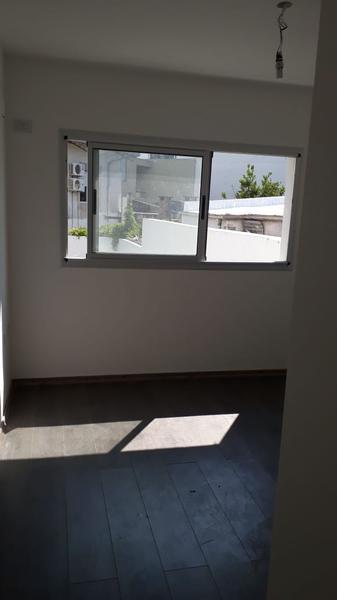 Foto Departamento en Venta en  La Plata ,  G.B.A. Zona Sur  18 entre 61 y 62