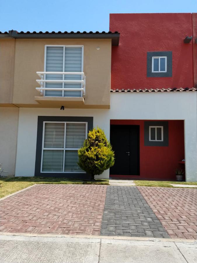 Foto Casa en condominio en Venta en  San Mateo Otzacatipan,  Toluca  Villas Toscana II