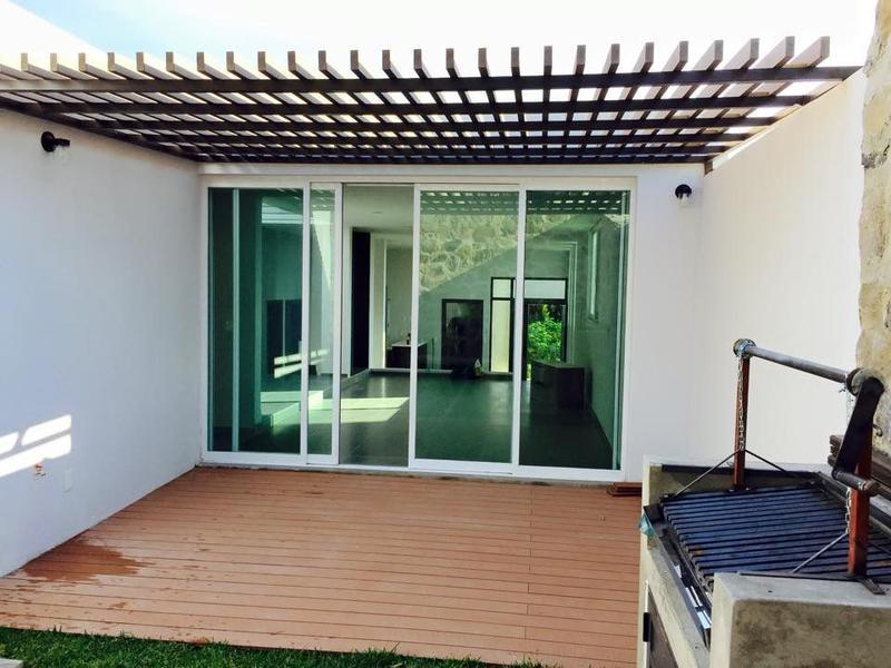 Foto Casa en Venta en  Fraccionamiento Bosque Real,  Tlajomulco de Zúñiga  Loma de los Pinos A32, Bosque Real, Tlajomulco de Zuñiga, Jalisco.
