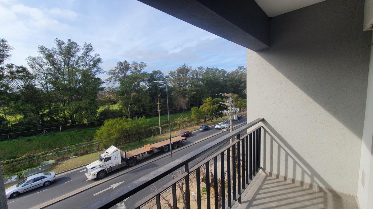 Foto Departamento en Venta en  Bella Vista,  San Miguel  Moreno 18