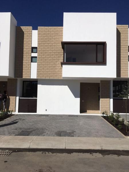 Foto Casa en Renta en  Ocoyoacac ,  Edo. de México   VISTA BOSQUES