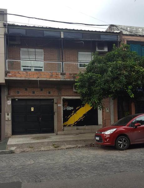 Foto Casa en Venta en  San Miguel De Tucumán,  Capital  Suipacha al 400 Casa c/ Local Comercial