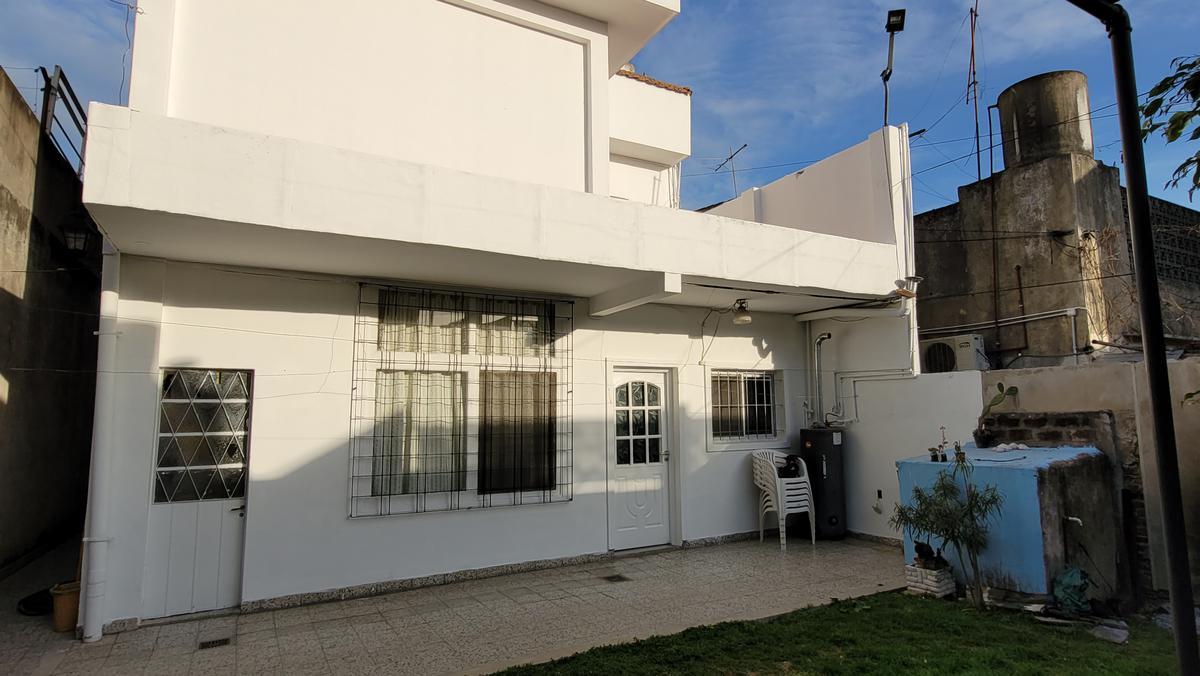 Foto Casa en Venta en  Boulogne,  San Isidro  gascon al 2600