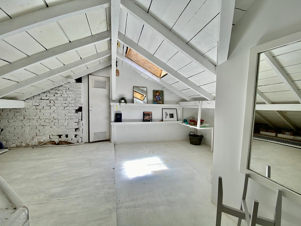 Foto Casa en Venta en  Acassuso,  San Isidro  Guiraldes al 1100