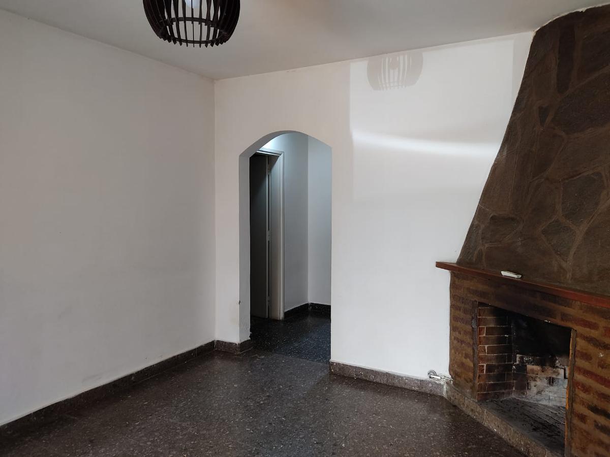 Foto Casa en Alquiler en  Esc.-Centro,  Belen De Escobar  COLON Nº 1260