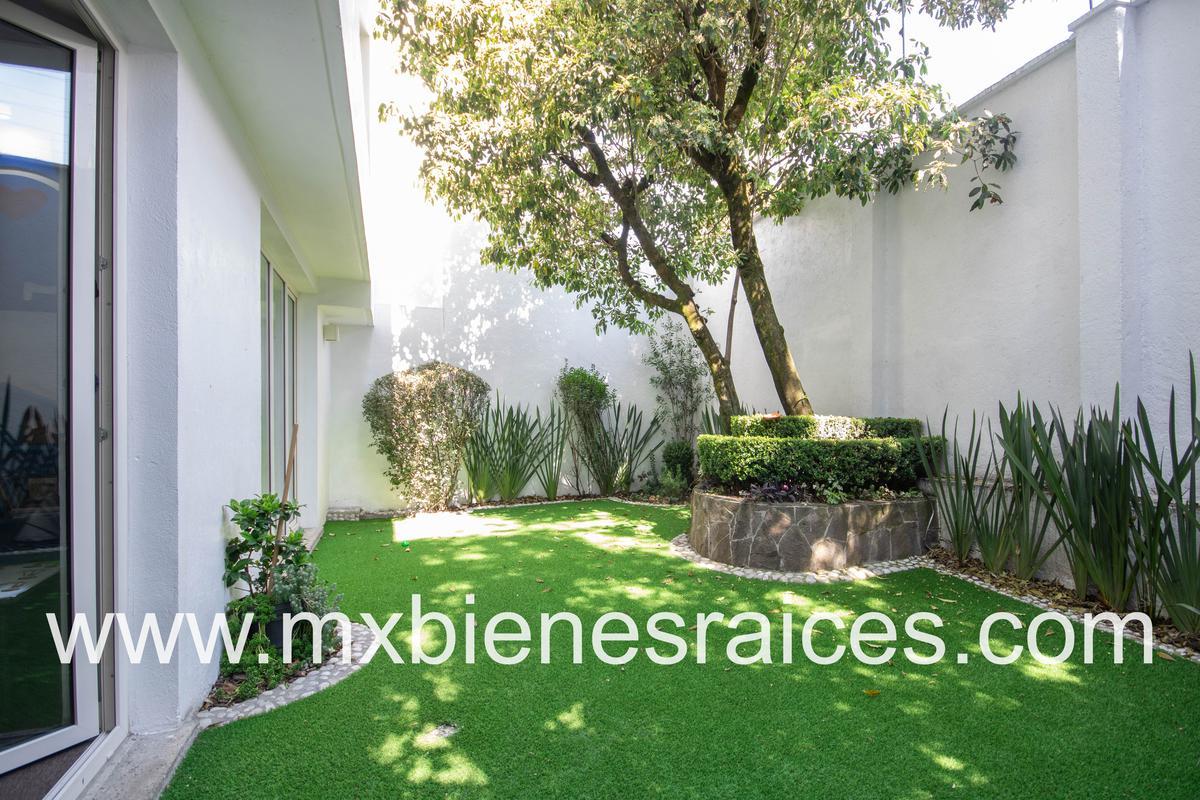 Foto Casa en Venta en  Lomas de las Palmas,  Huixquilucan  Casa en condominio en lomas anahuac