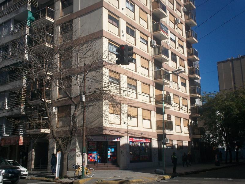 Foto Departamento en Venta en  Lomas de Zamora Oeste,  Lomas De Zamora  ALEM al 296 3º B, Lomas de Zamora