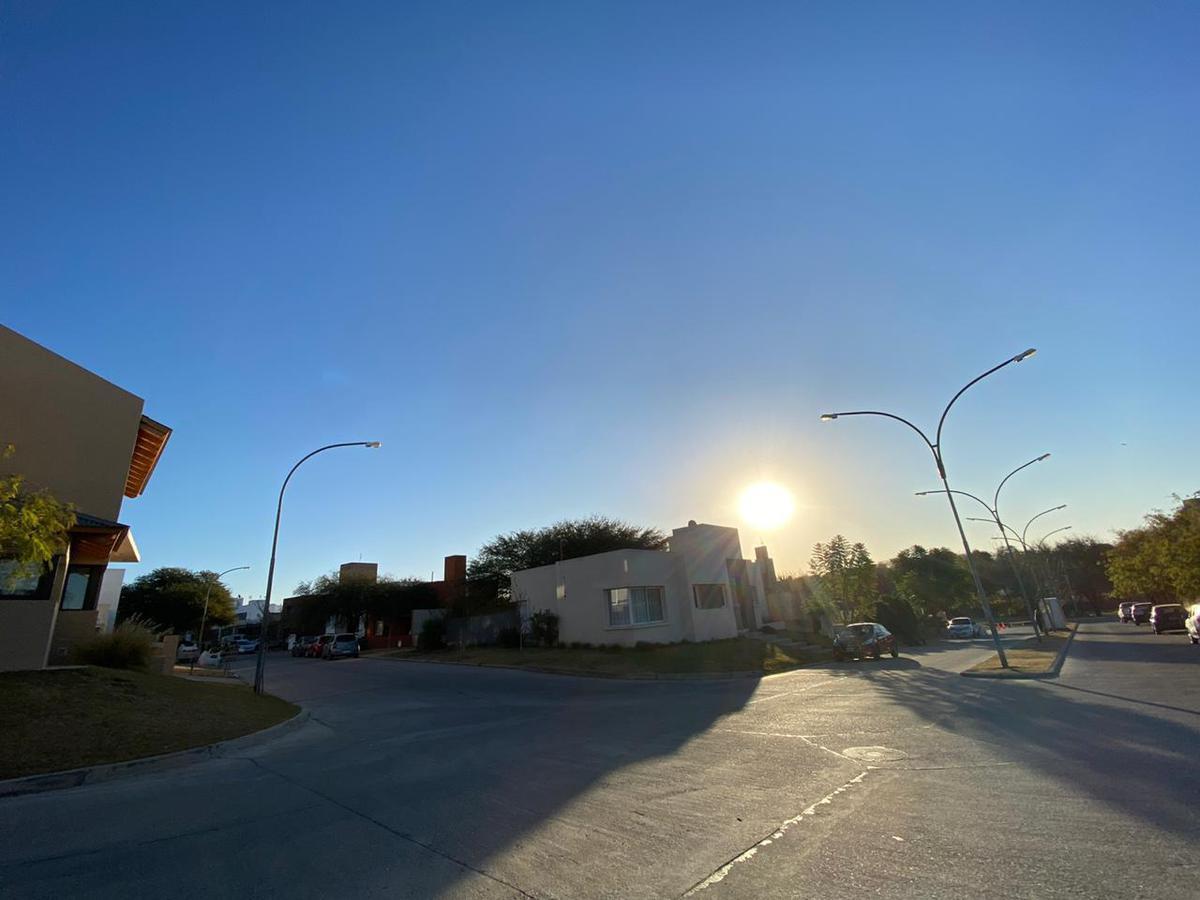 Foto Terreno en Venta en  Cordoba Capital ,  Cordoba  L25 Mza 59 Riberas de Manantiales
