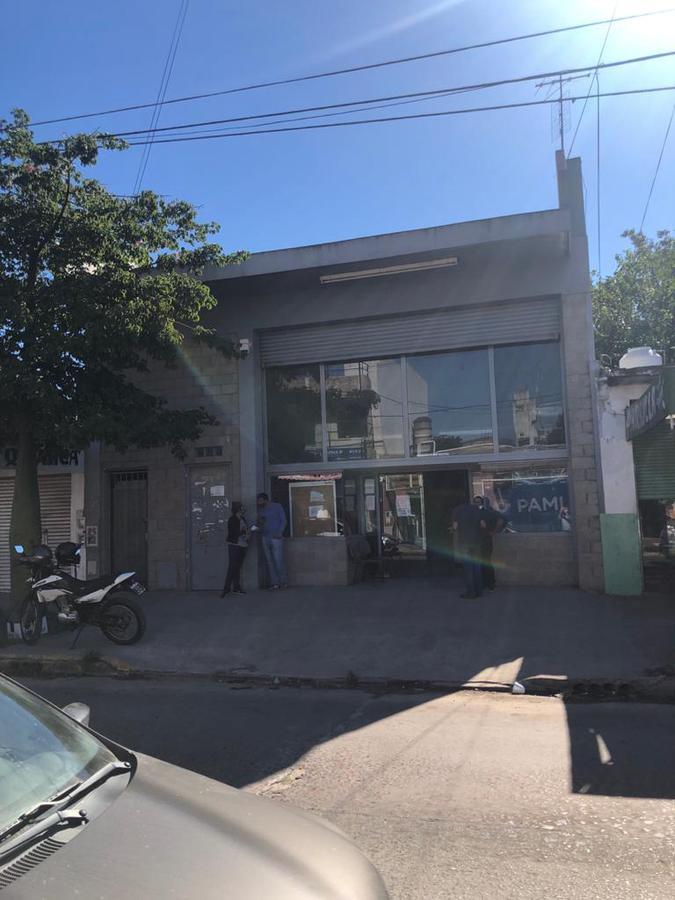 Foto Local en Venta en  Gregorio De Laferrere,  La Matanza  Monseñor López May 2955