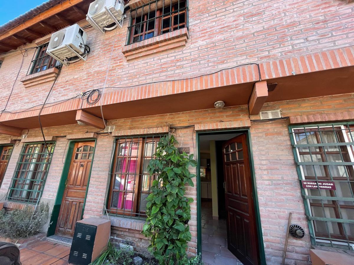 Foto PH en Venta en  Centro (S.Mig.),  San Miguel  Urquiza al 2000