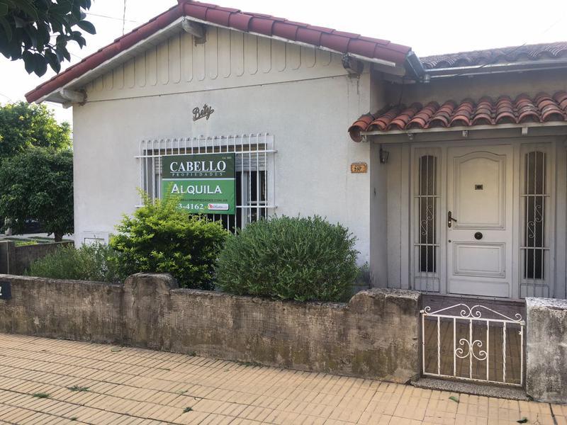 Foto Casa en Alquiler en  Lomas de Zamora Oeste,  Lomas De Zamora  DIAZ VELEZ al 500