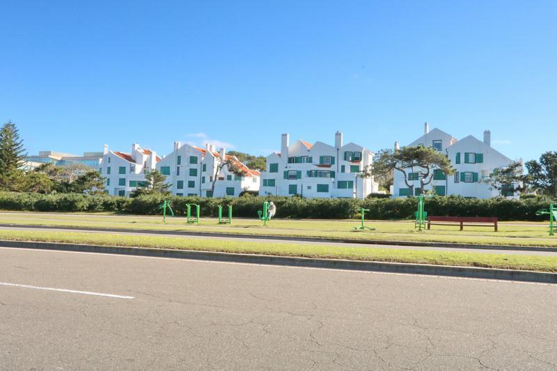 Foto Departamento en Venta en  Punta del Este ,  Maldonado  RAMBLA BRAVA